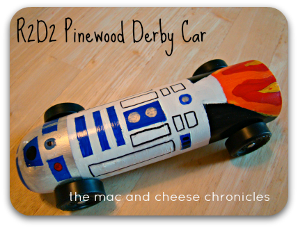 R2D2 Pinewood Derby Car